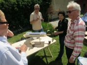 Solgrillad lunch med eko-arkitekter.